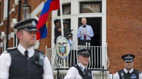 Assange dice que Ecuador busca violar asilo para entregarlo a EEUU