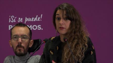 Izquierda Unida agudiza su ofensiva contra la monarquía en España