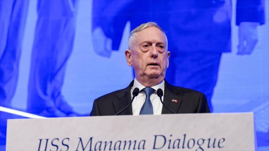 Secretario de Defensa de EE.UU., James Mattis, en la conferencia del Instituto Internacional de Estudios Estratégicos en Baréin, 27 de octubre de 2018. (Foto: AFP)