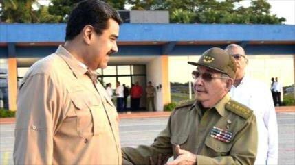 Maduro y Raúl Castro conmemoran unión histórica Venezuela-Cuba