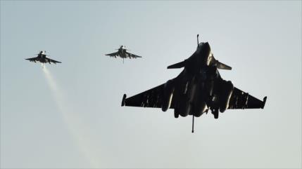 Vídeo: Avión ruso intercepta cazas de Francia y EEUU en Siria
