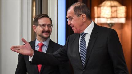Rusia aboga por salvar Tratado INF tras retirada de Estados Unidos