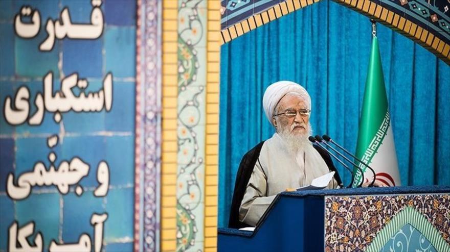 Clérigo asegura que EEUU no logrará sus objetivos sancionando a Irán