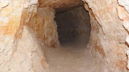 Terroristas excavan túnel en Hama para ocultar drones y tanques