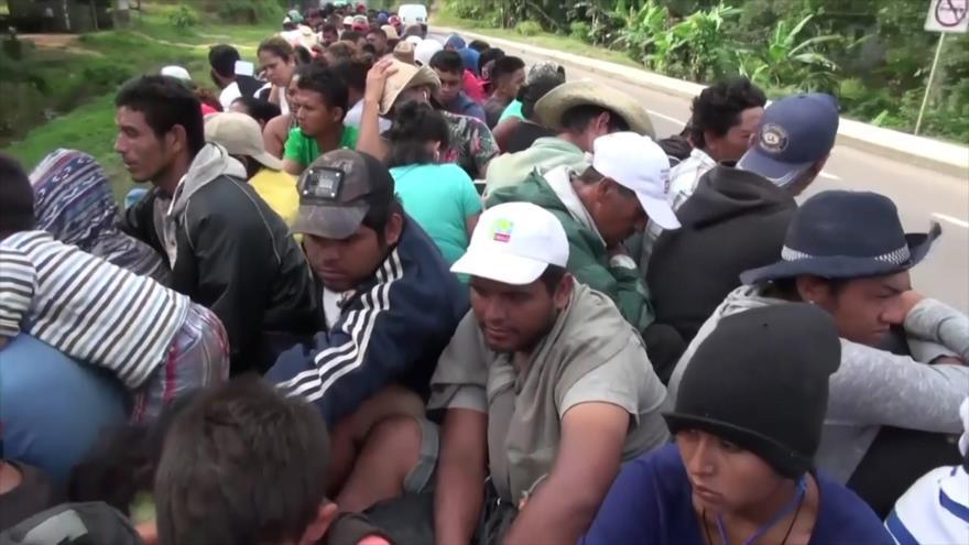 La amenaza de Trump de disparar a migrantes no detiene a caravana