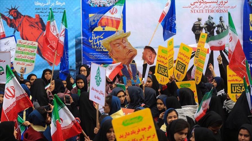 Irán grita contra imperialismo en aniversario de toma de embajada de EEUU