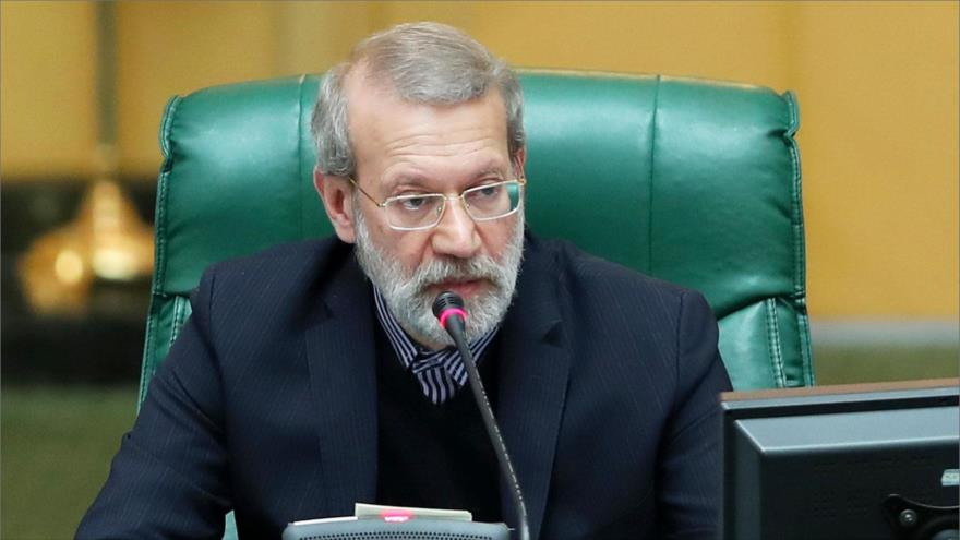 Lariyani advierte: EEUU lamentará imponer sanciones a Irán