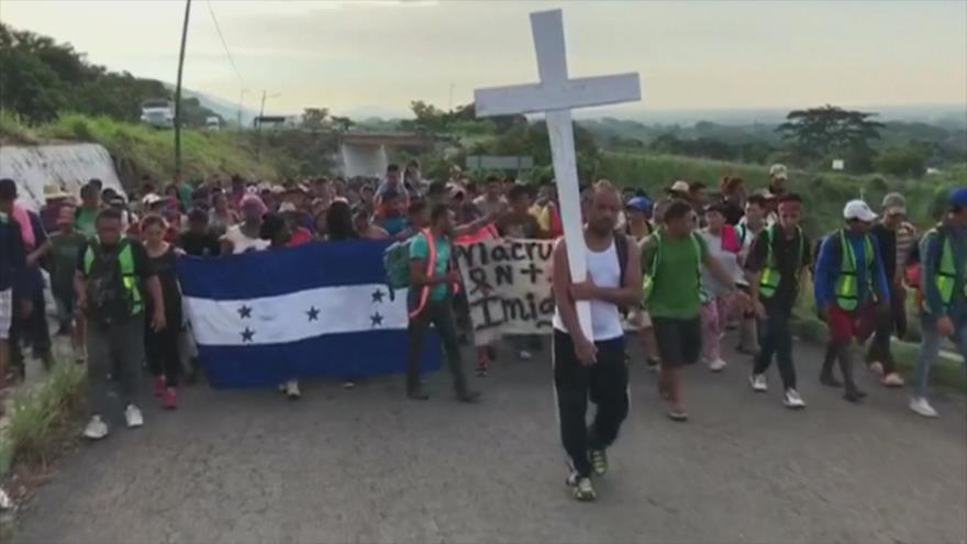 Video: Segunda caravana de migrantes avanza en su ruta hacia EEUU