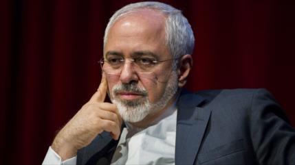 Zarif: EEUU sanciona a buque hundido y banco cerrado de Irán