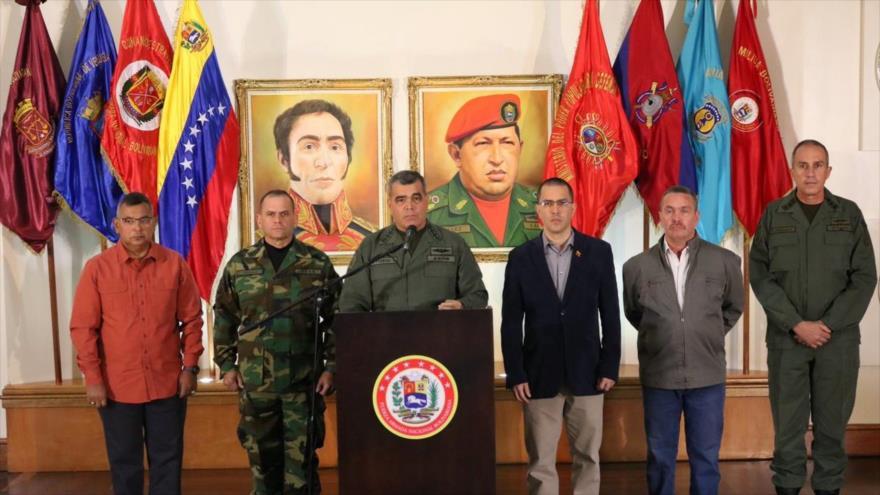 Venezuela blinda su frontera ante 'incapacidad' de Colombia