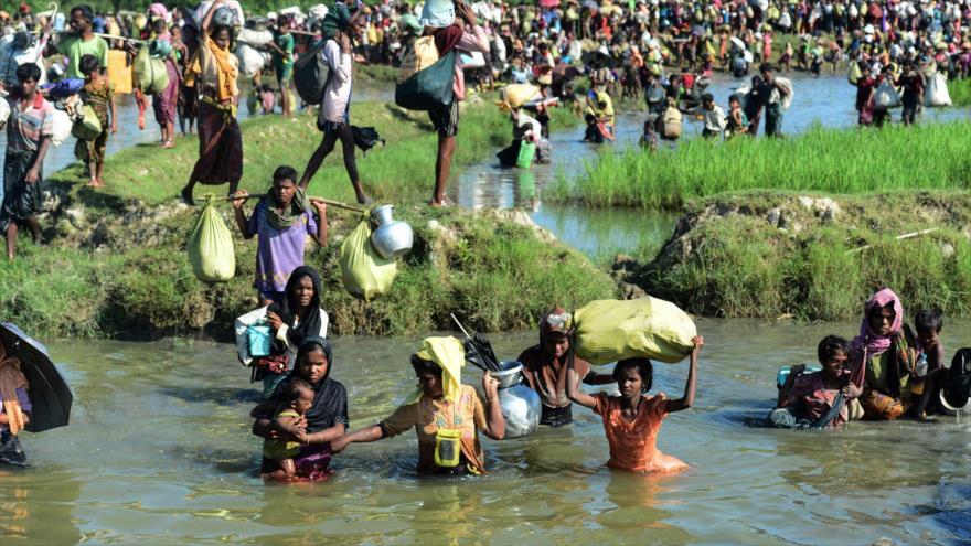 Facebook admite que incitó a violencia contra Rohingya en Myanmar
