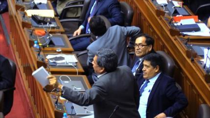 Congreso peruano absuelve a Alan García y Keiko Fujimori