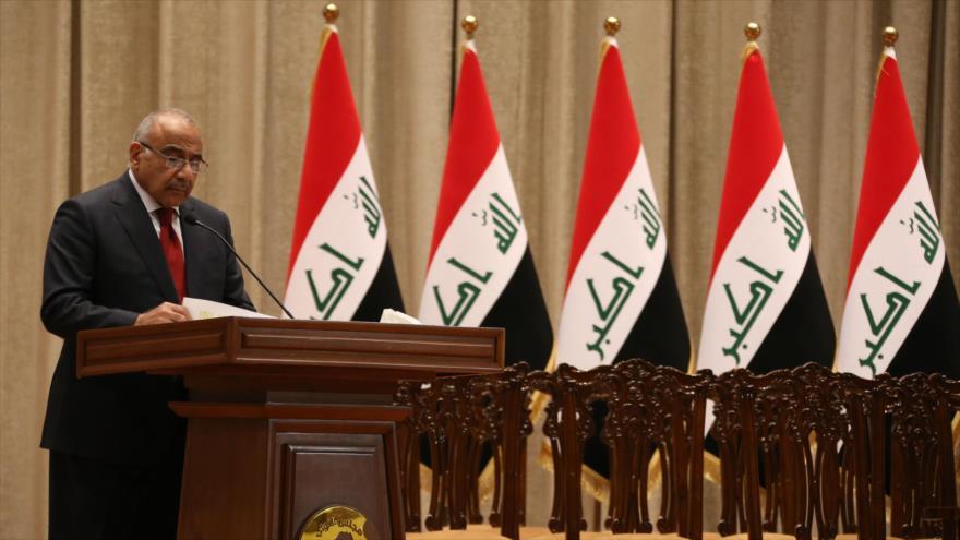 El premier de Irak, Adel Abdul-Mahdi, ofrece un discurso en el Parlamento del país, 24 de octubre de 2018. (Foto: AFP).