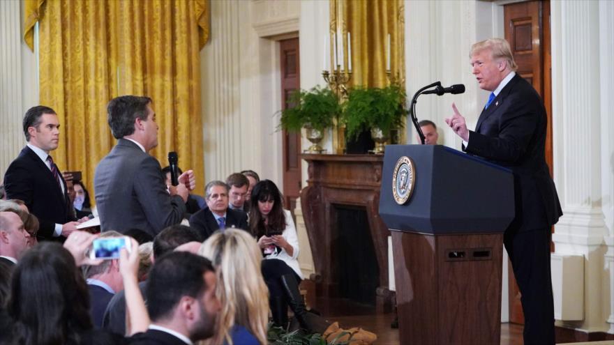 Vídeo: Trump protagoniza pelea con un periodista en la Casa Blanca