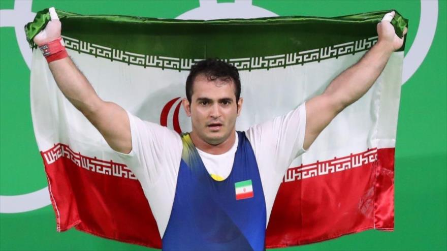 Levantador iraní bate tres récords en Mundial de Halterofilia