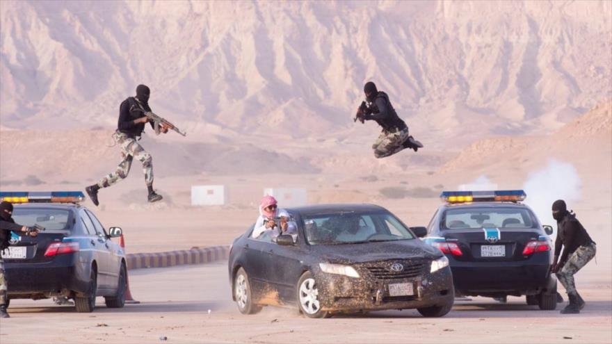 Miembros de las fuerzas de seguridad de Arabia Saudí en pleno entrenamiento militar, 12 de junio de 2107. (Foto: SPA).