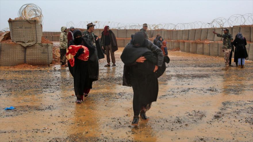 Refugiados sirios en el campamento de Rukban, 1 de marzo de 2017. (Fuente: AFP)