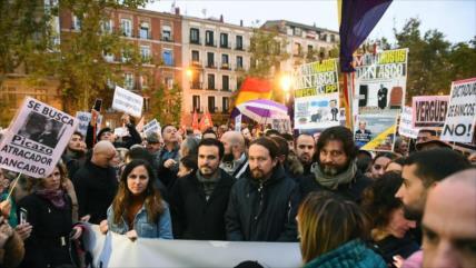 Podemos lidera protestas por escándalo de hipotecas de TS español
