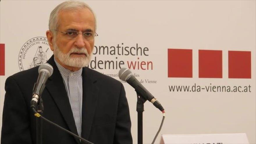 """Irán asegura a EEUU que """"nunca negociará su independencia"""""""