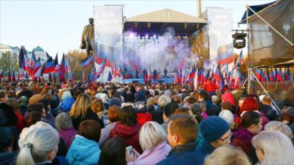 Repúblicas autoproclamadas del este de Ucrania celebran elecciones