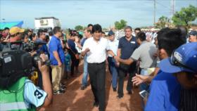 Vídeo: Detenido un joven que intentaba atentar contra Evo Morales