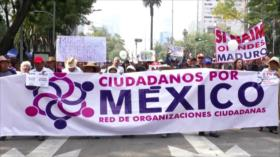 Primera marcha en México contra López Obrador