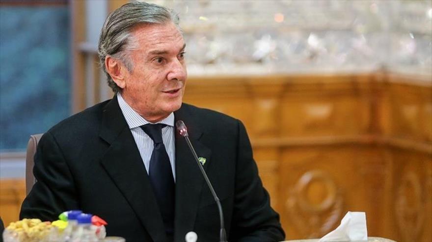 El expresidente de Brasil Fernando Collor de Mello, en una reunión con el presidente del Parlamento iraní, 11 de noviembre de 2018. (Foto: Tasnim)