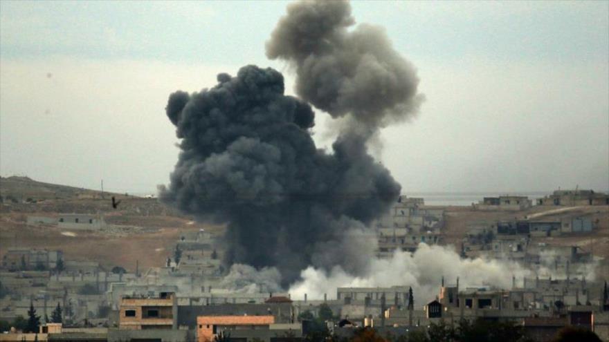 Un ataque aéreo llevado a cabo por la coalición anti-EIIL en Siria.