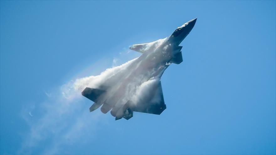 Informe: Caza chino J-20 supera al estadounidense F-35 | HISPANTV