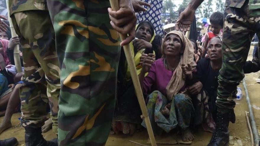Bangladés despliega militares para repatriar a los Rohingya