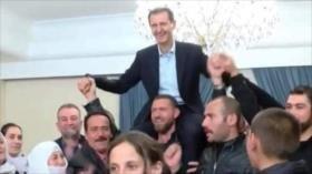 Vídeo: Así agradecen sirios a Al-Asad su liberación de Daesh