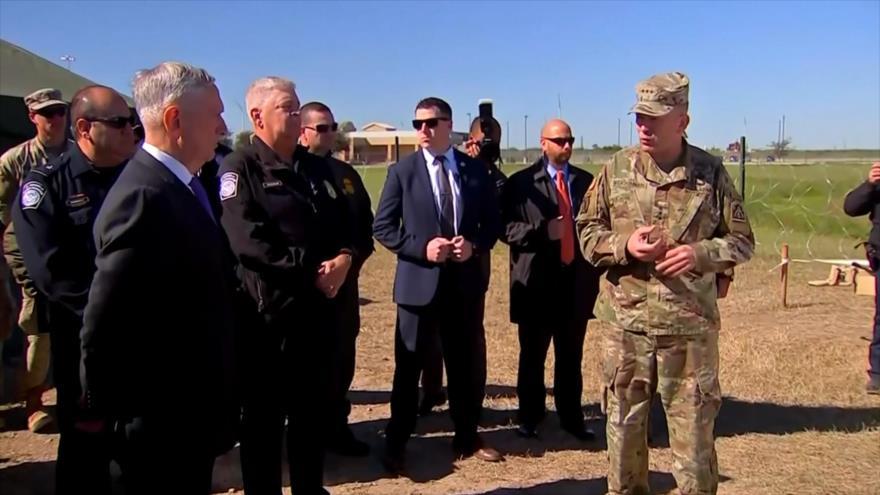 Mattis supervisa despliegue militar ante la llegada de migrantes