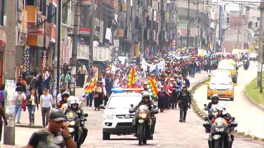 Indígenas protestan en Ecuador contra explotación minera