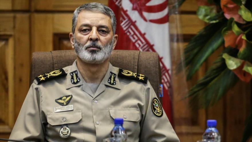 El comandante en jefe del Ejército de Irán, el general de brigada Abdolrahim Musavi.