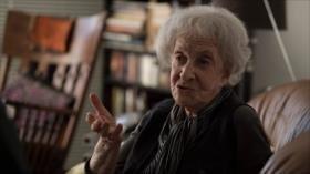 La poeta uruguaya gana el Premio Cervantes 2018