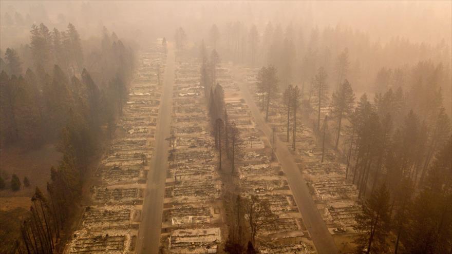 """Un vecindario quemado en California por los incendios bautizados como """"Camp Fire"""", 15 de noviembre de 2018. (Foto: AFP)"""