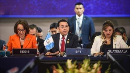 Guatemala pide más oportunidades y no hablar de muros