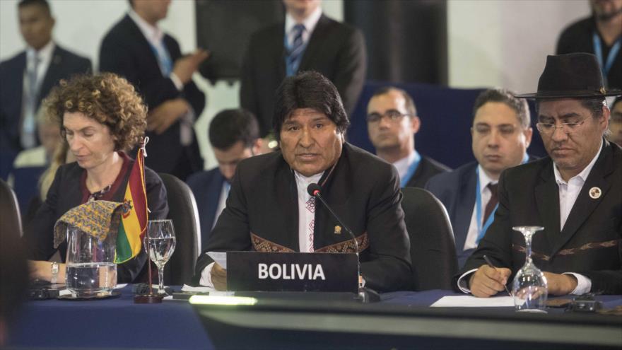Morales achaca a las políticas de EEUU la crisis migratoria y climática
