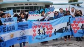 Argentinos protestan por caso de submarino ARA San Juan