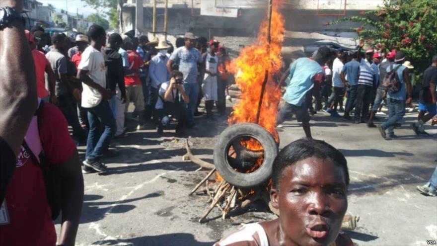 Haitianos protestan contra corrupción y piden renuncia de Moise