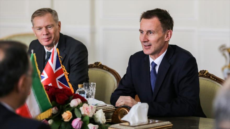 Canciller británico reitera en Irán su apoyo al acuerdo nuclear