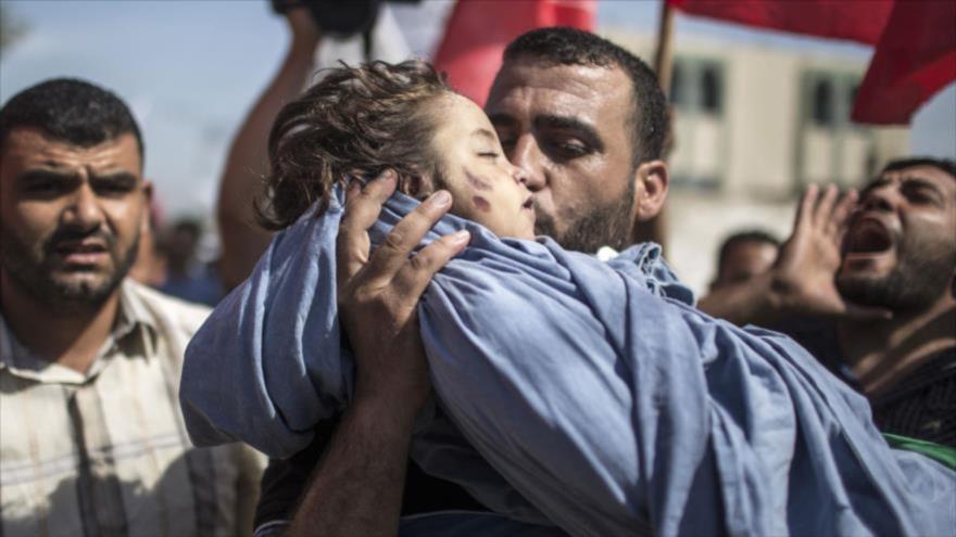 Una niña palestina asesinada durante un ataque aéreo de Israel a la Franja de Gaza.