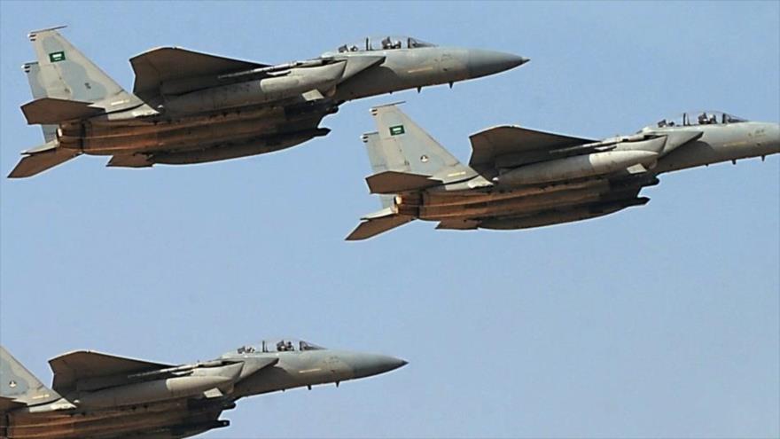 Cazas de Arabia Saudí reanudan sus ataques en Al-Hudayda