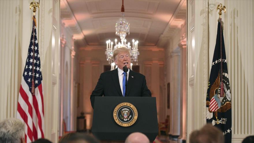 El presidente de EE.UU., Donald Trump, ofrece una rueda de prensa en la Sala Este de la Casa Blanca, 7 de noviembre de 2018. (Foto: AFP)
