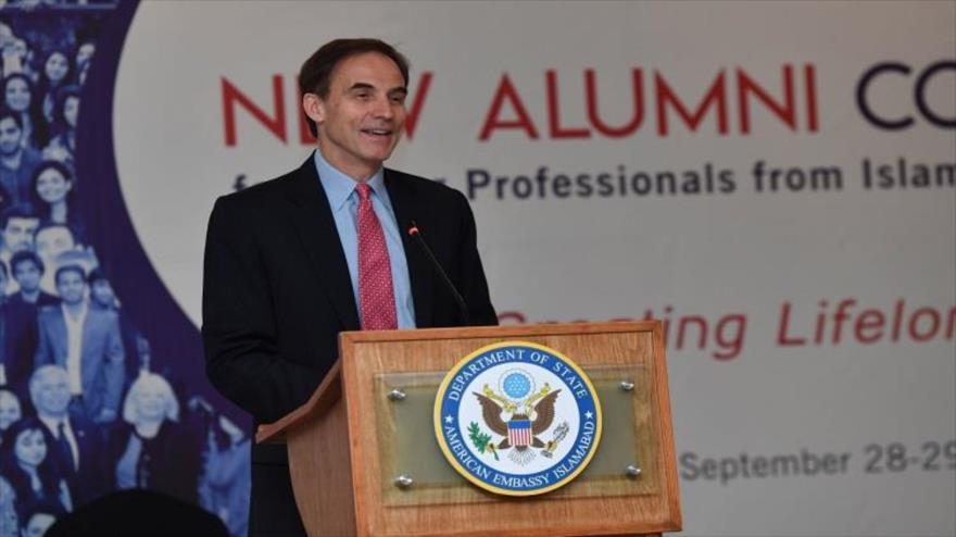 El encargado de negocios de Estados Unidos en Paquistán, Paul Jones.