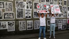 Mexicanos conmemoran 108 años de la Revolución con crisis de DDHH