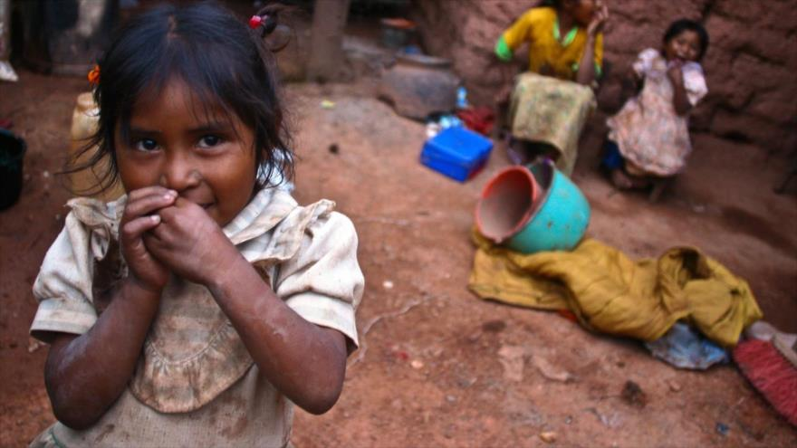 Niñas hondureñas que viven en pobreza extrema.
