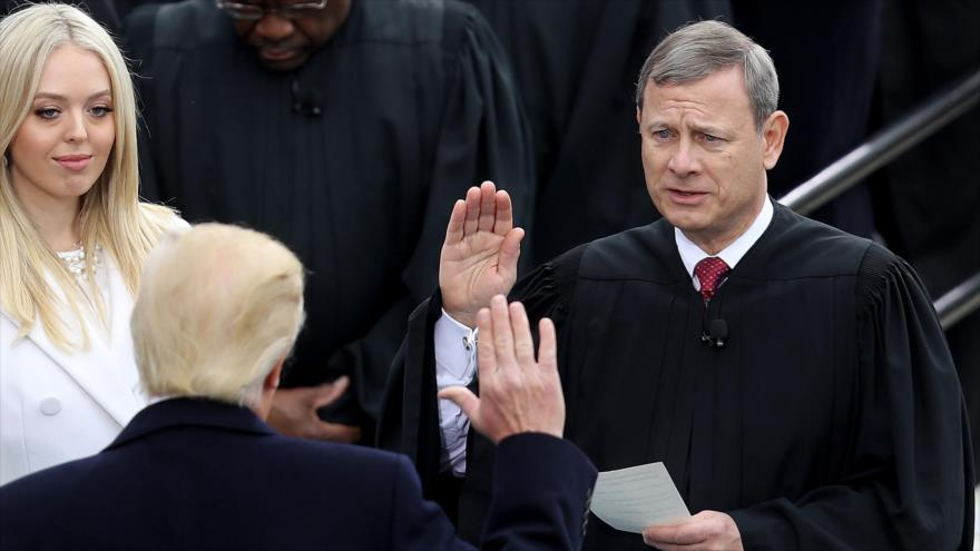 Trump critica a activistas promigrantes y carga contra jueces | HISPANTV