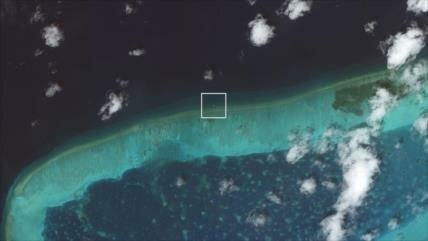 'China instala plataforma en disputado mar para fines militares'