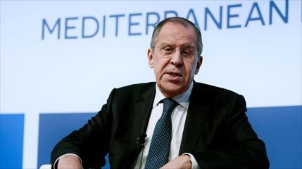 "Lavrov: EEUU yerra al culpar a Irán de su ""fracaso"" frente a Daesh"